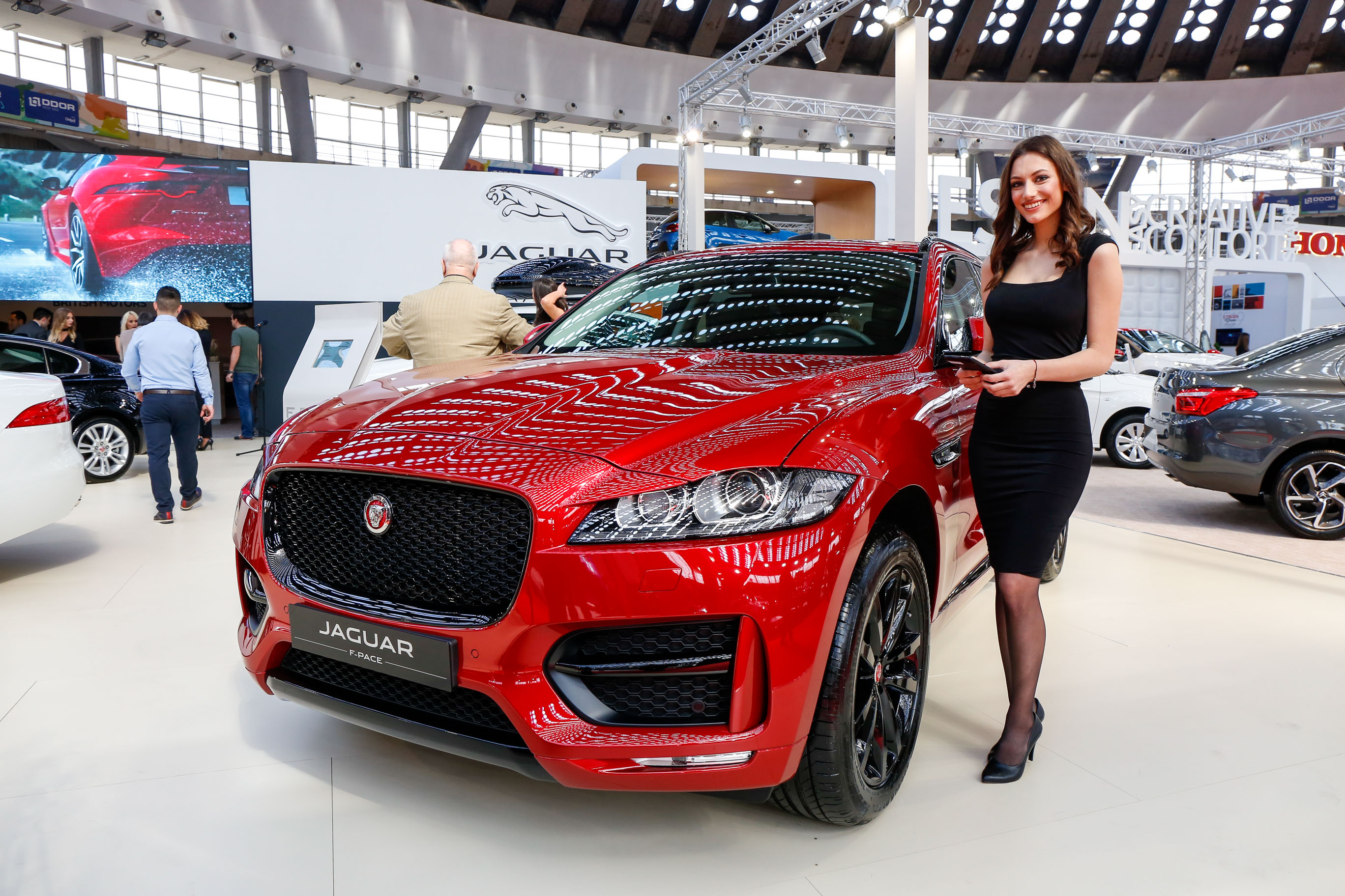 Novi Land Rover Discovery 5 premijerno na Beogradskom sajmu automobila