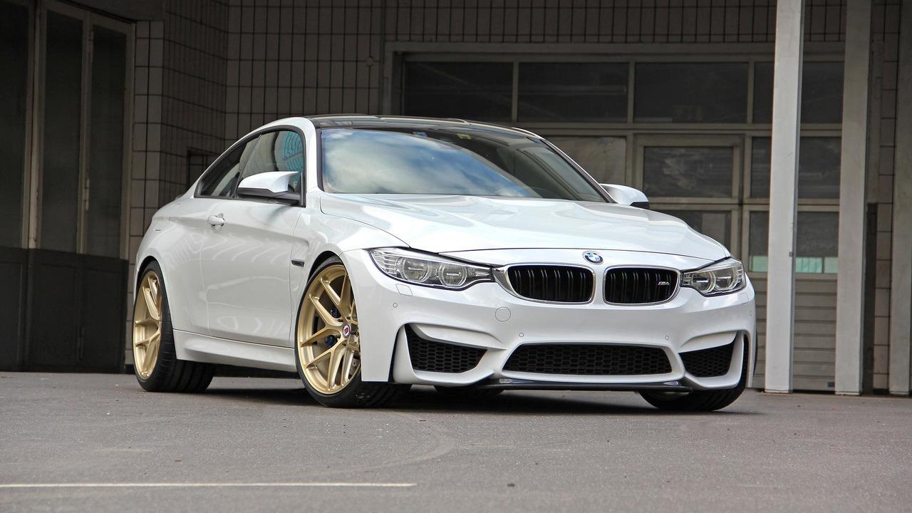 BMW CRT formula u M4 (Galerija)