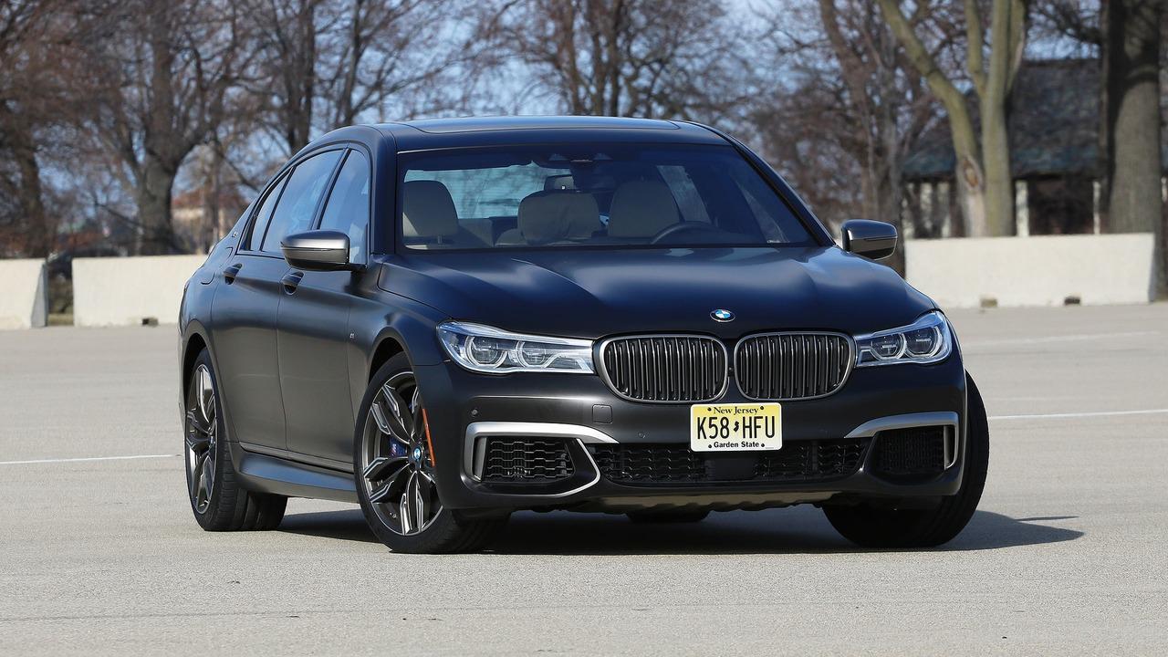 BMW 760Li ide u servis zbog problema sa hlađenjem ulja