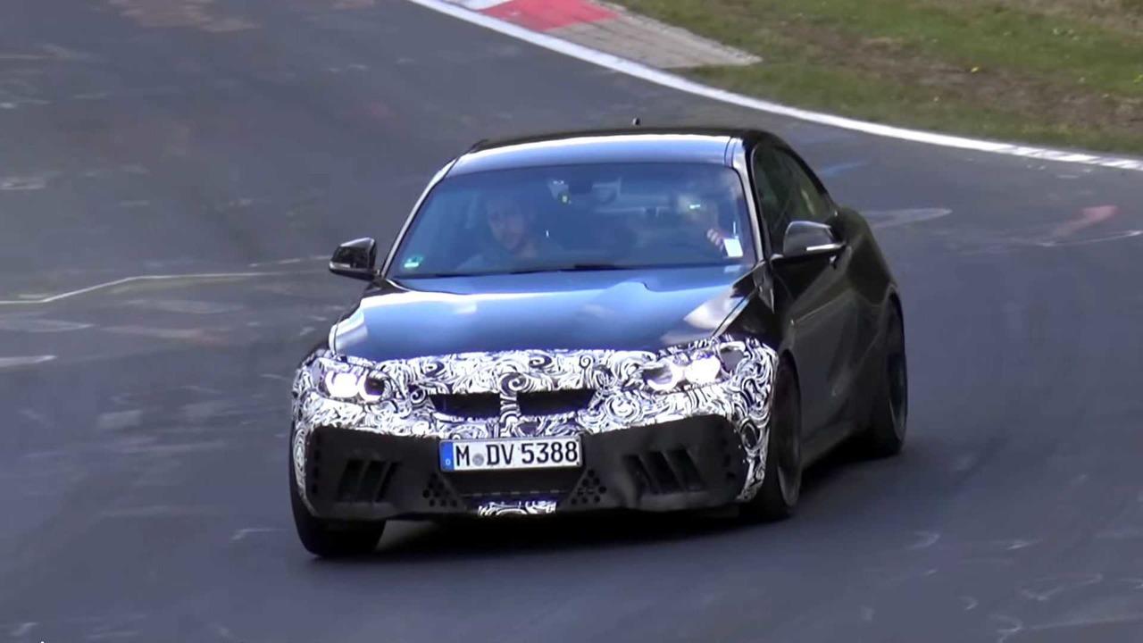 BMW M2 CS na Nirburgringu (video)