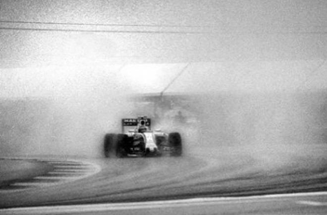 Formula 1 fotografisana aparatom starim 104 godine (galerija)