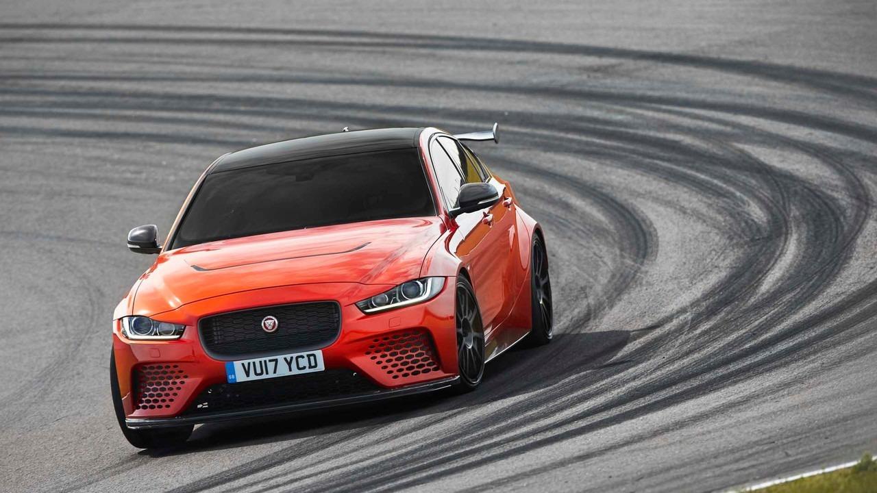 Jaguar XE SV Project 8 sada i zvanično (galerija i video)