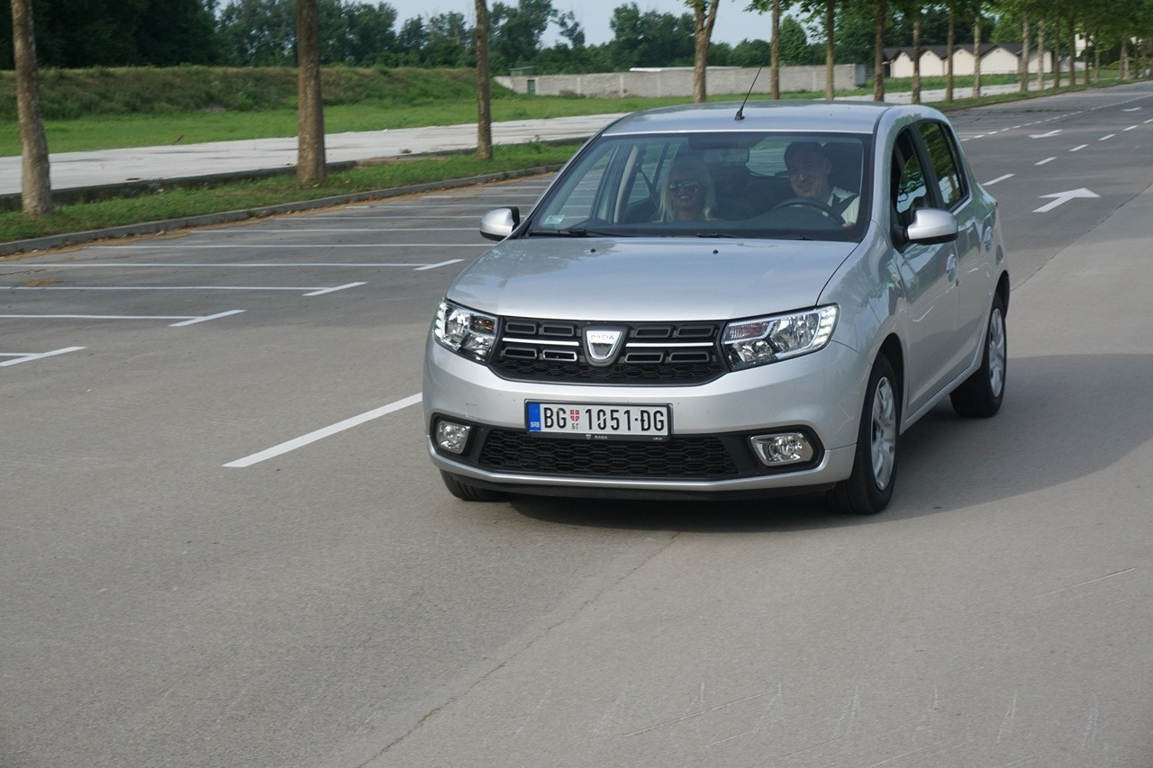 U ime naroda –  Dacia Sandero 0.9 TCe Easy-R
