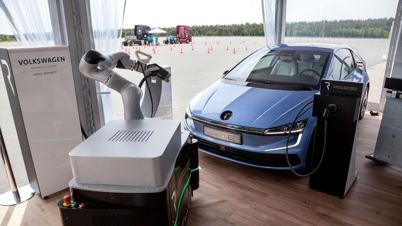 Da li je Volkswagen Gen.E prototip vesnik nove generacije Golfa?