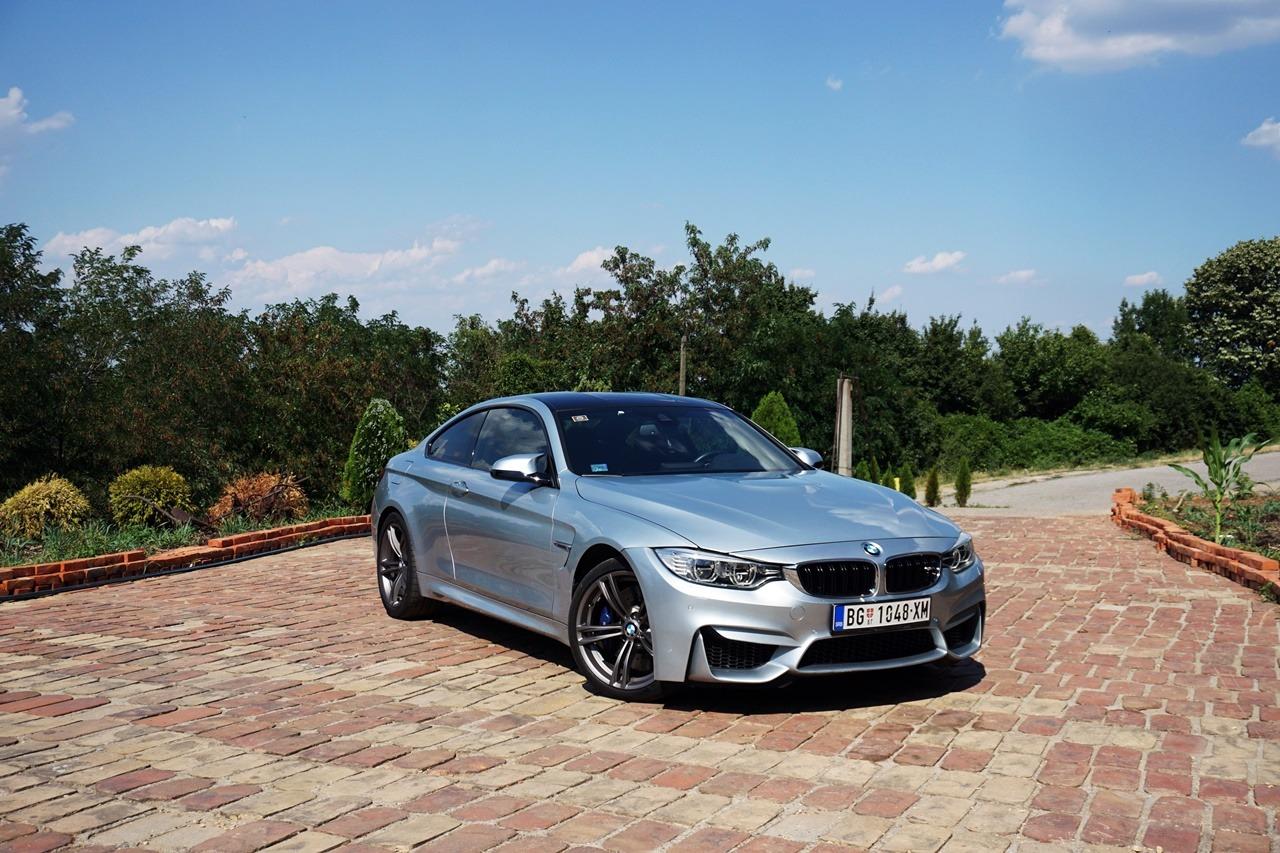 BMW M4 – Automobil iza kojeg asfalt više nikada nije isti