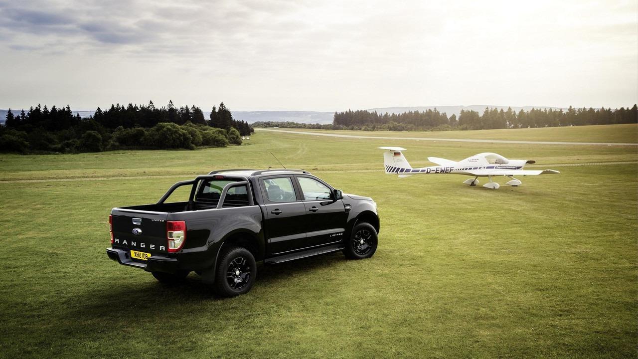 """Ford Ranger """"Black Edition"""" u Frankfurtu"""