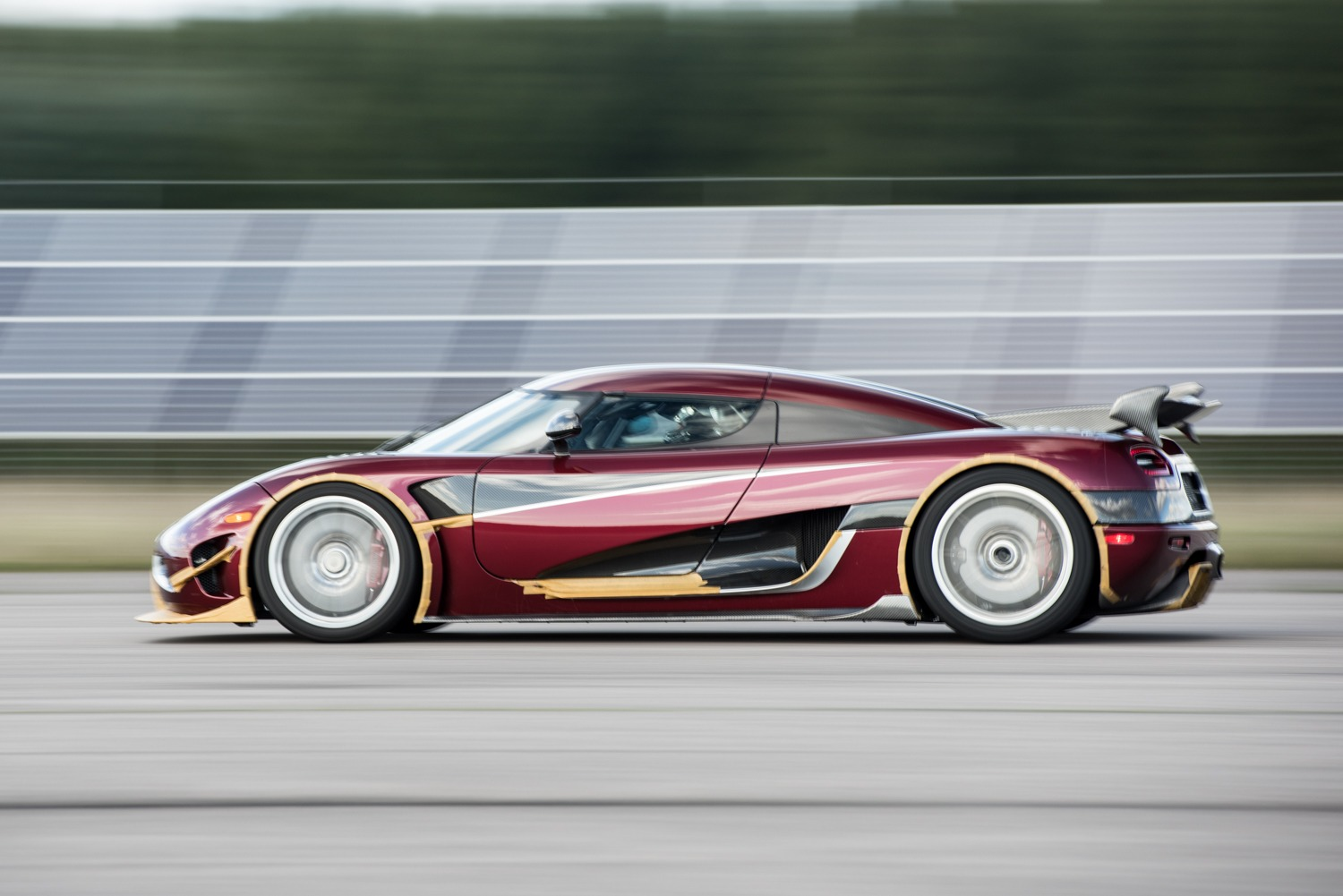 Koenigsegg Agera RS rekordno 0-400-0 km/h (video)