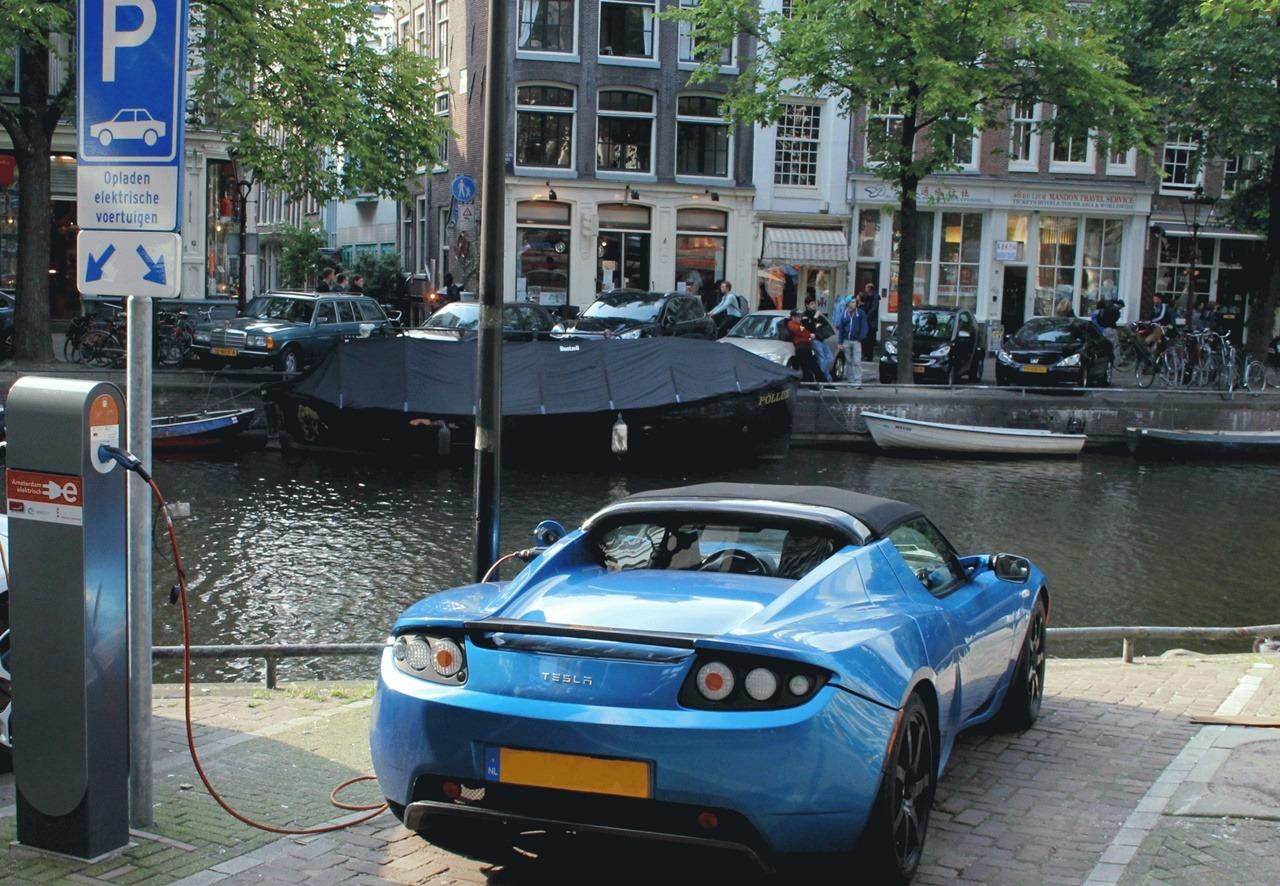 Holandija zabranjuje dizel i benzinska vozila do 2030.
