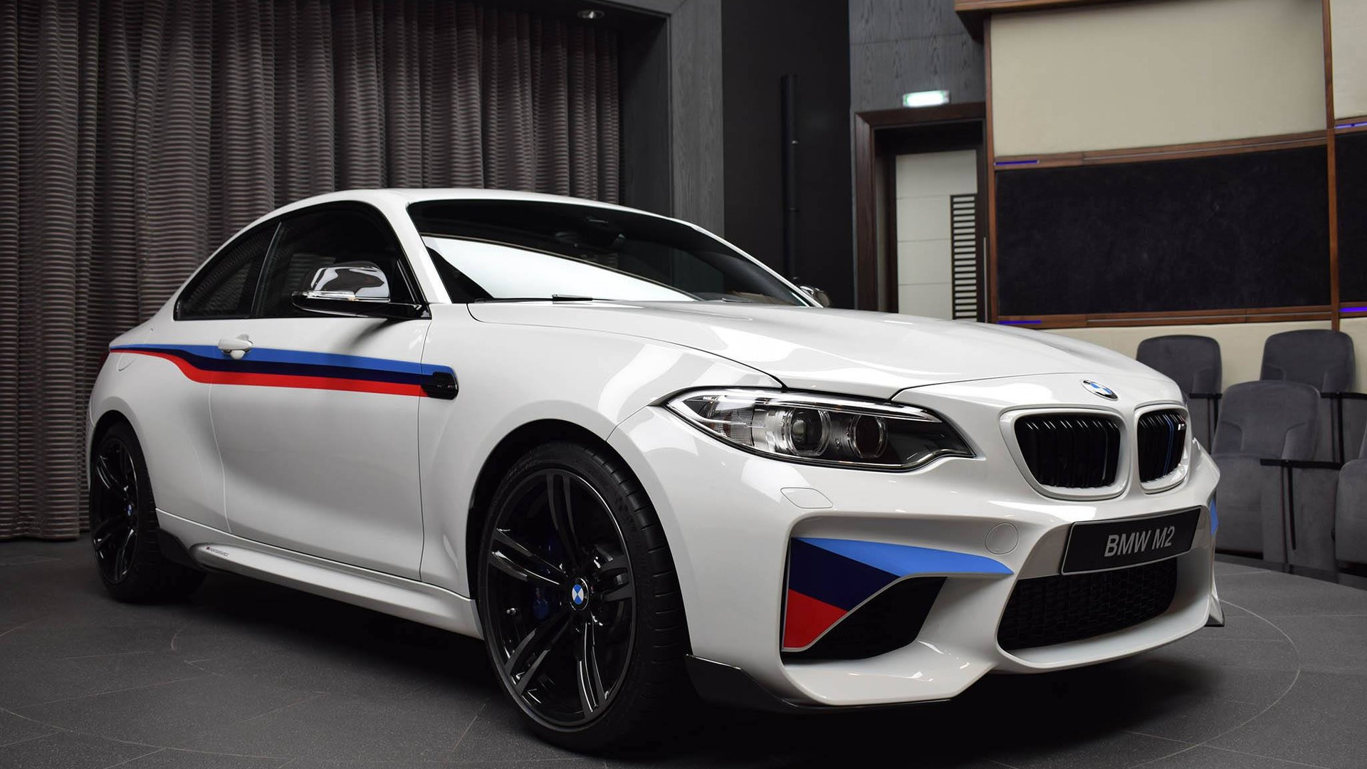 BMW M2 – sprint do maksimalne brzine (video)