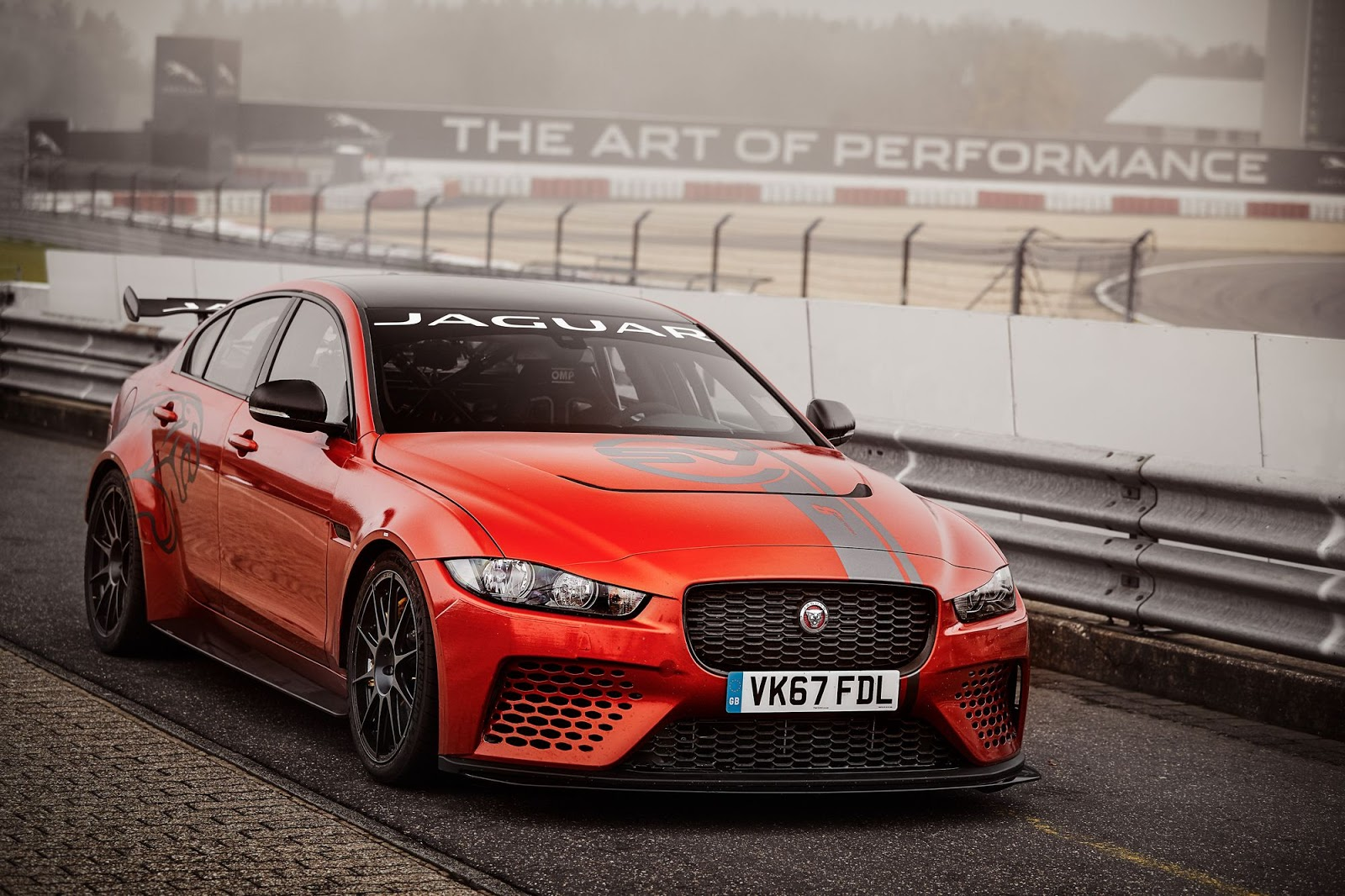 Jaguar XE SV Project 8 novi rekorder Nirburgringa (video)