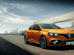 2018-renault-megane-rs-revealed