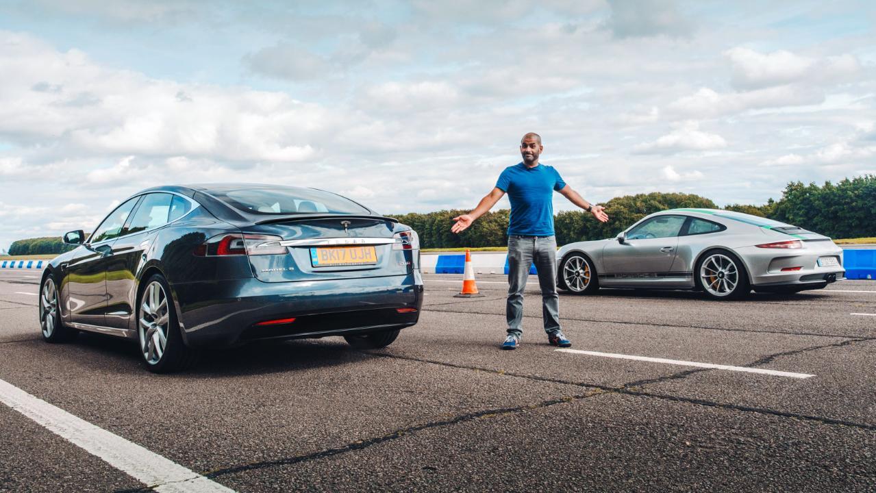 Krisa Harisa nije impresionirao Tesla Model S (video)