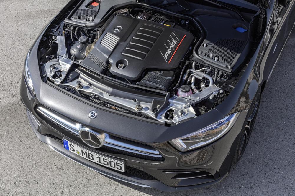 Mercedes ukida V6 motore i zamenjuje ih rednim šestacima
