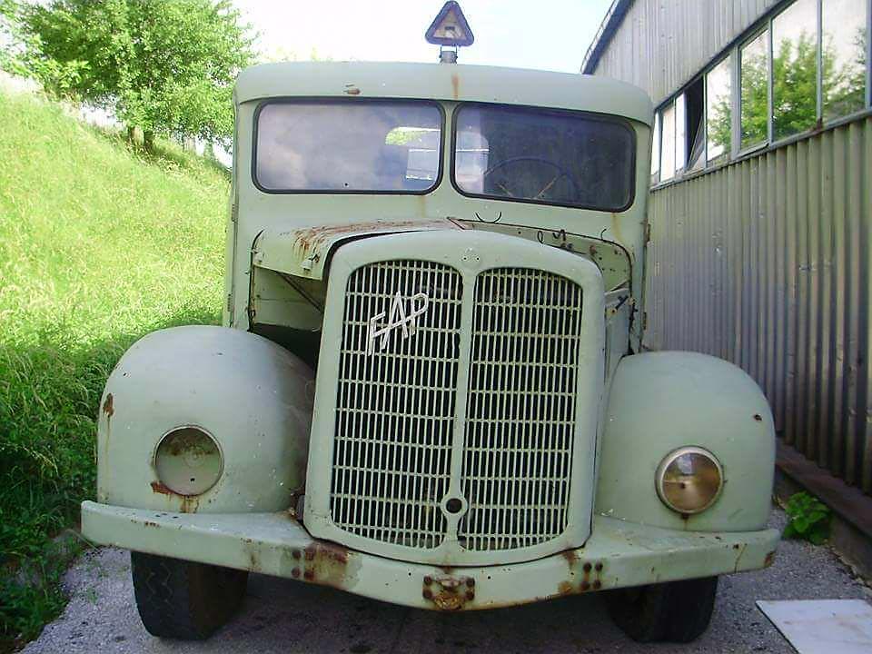 Zanimljivost dana: Prvi FAP-ov kamion – Labud