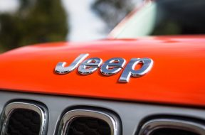 2016-Jeep-Renegade-Limited-39
