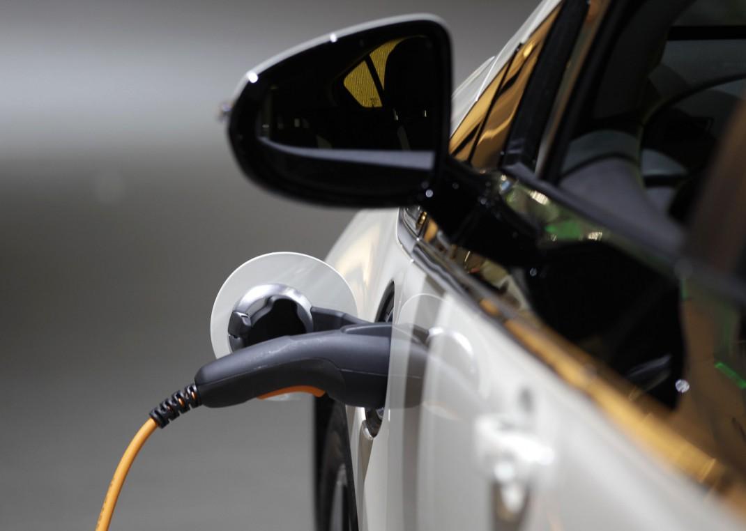 Polovina prodatih automobila u Norveškoj koristi elektromotor