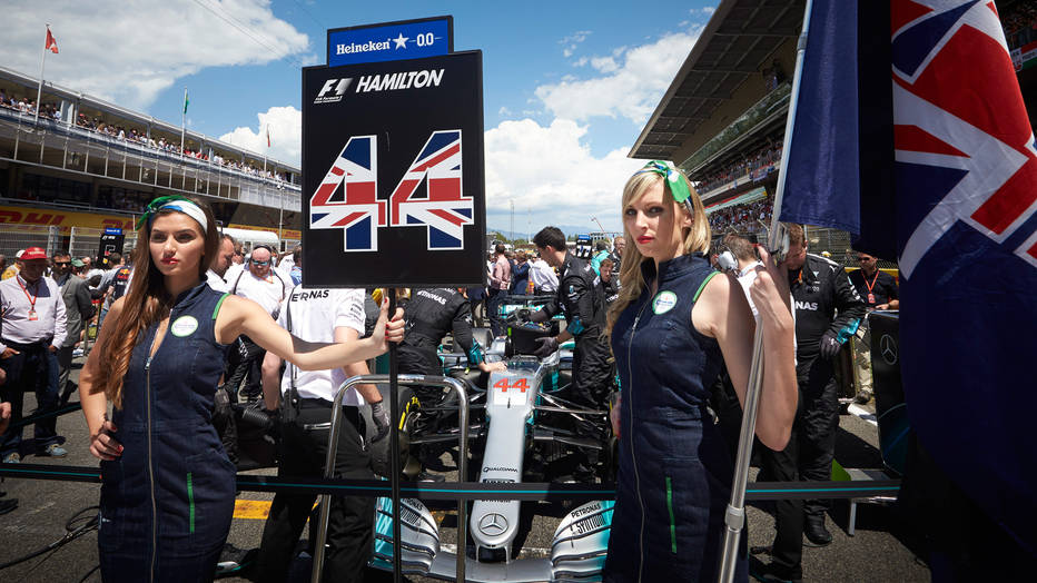Niki Lauda o ukidanju tradicije atraktivnih devojaka na gridu
