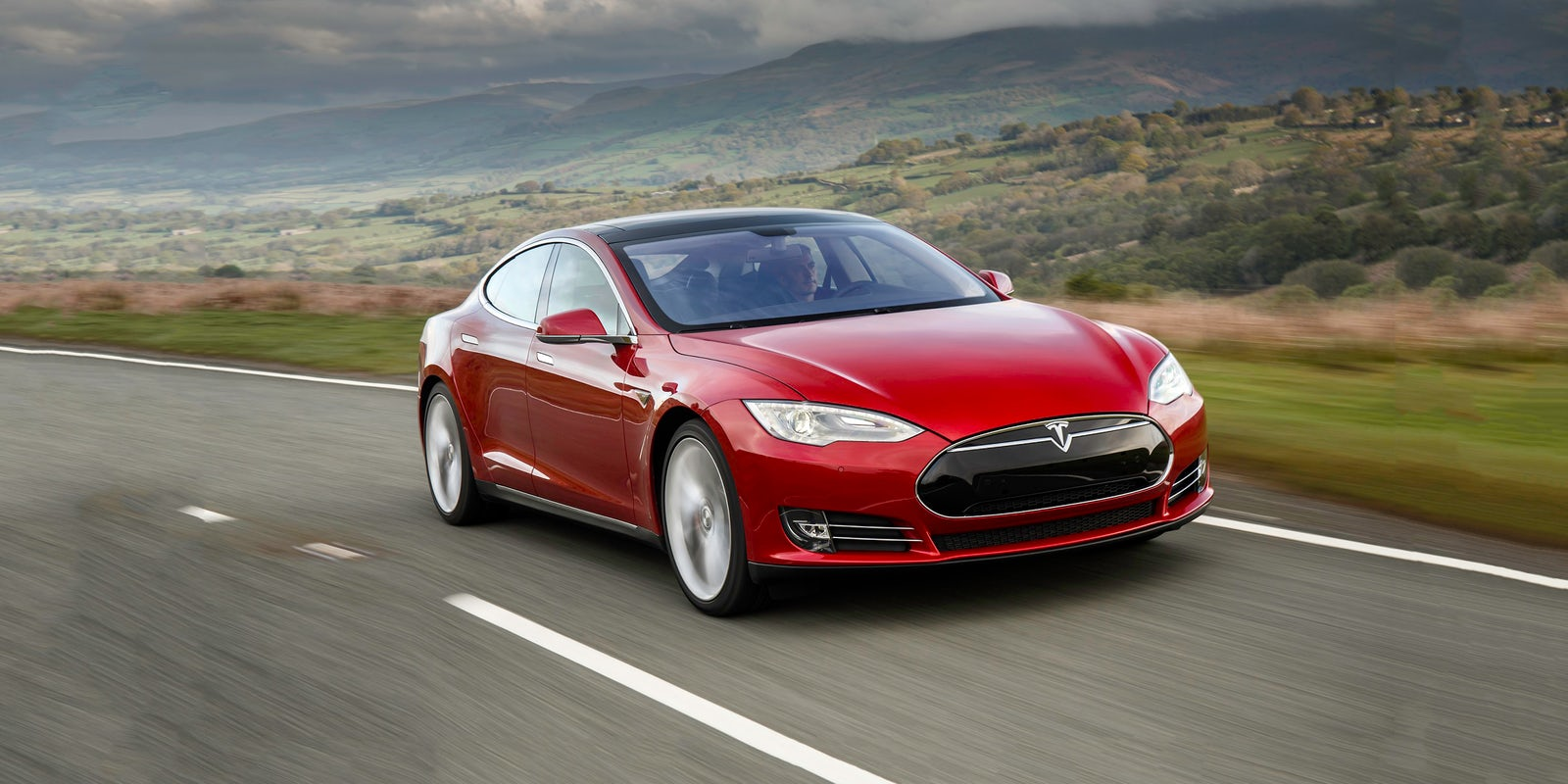 """MotorTrend odabrao Teslu Model S za """"najbolji automobil godine do sada"""""""