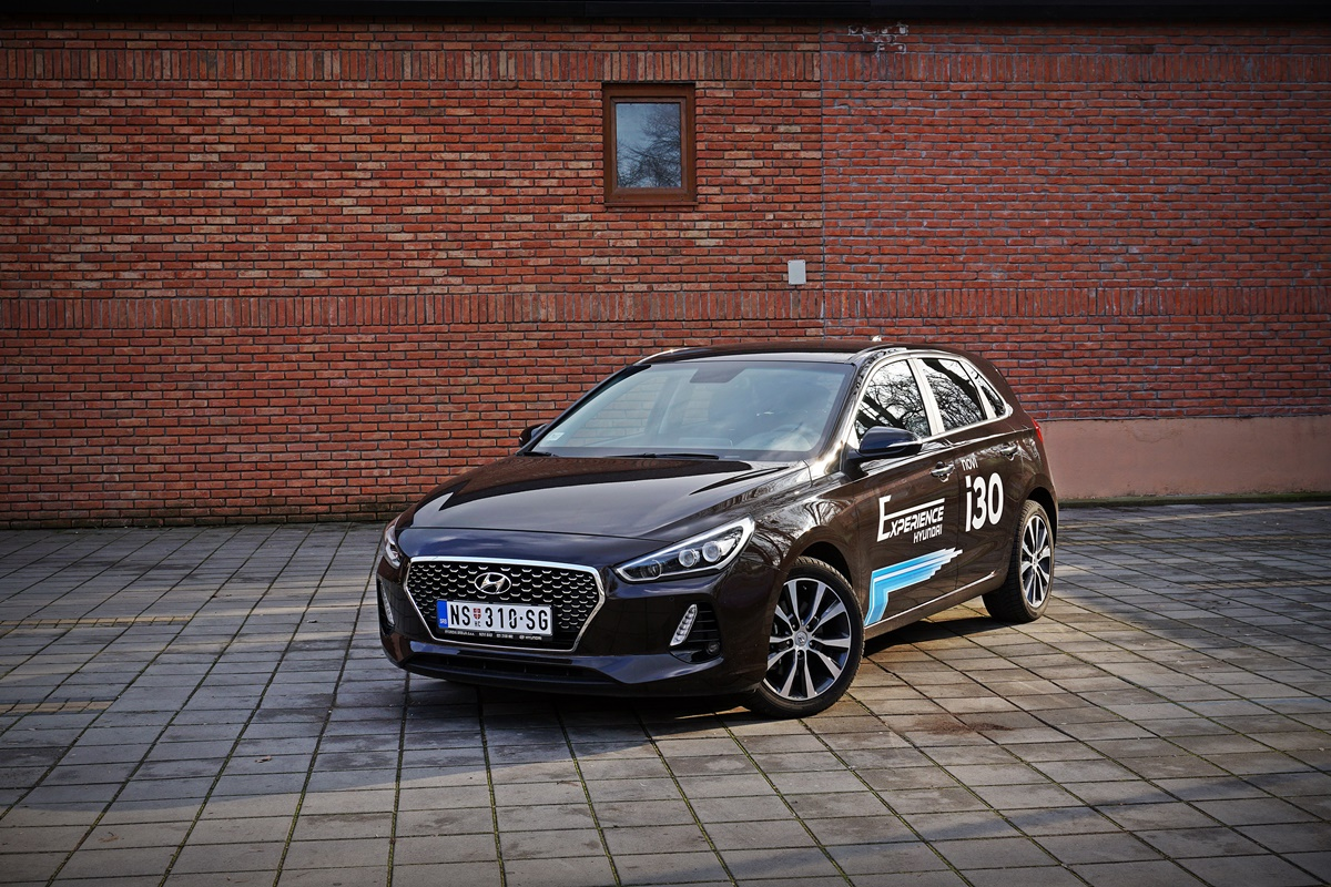 Hyundai i30 1.6 CRDi GL Style – VW Golf pobegao sa nišana