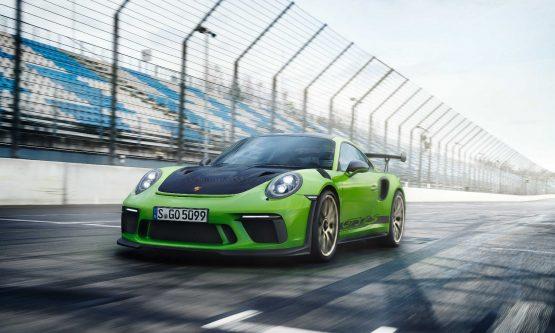 Porsche-911-GT3-RS-3