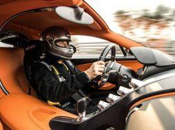 bugatti-ceo-stephan-winkelmann-hits-400-kph-248-mph-in-chiron-123984_1