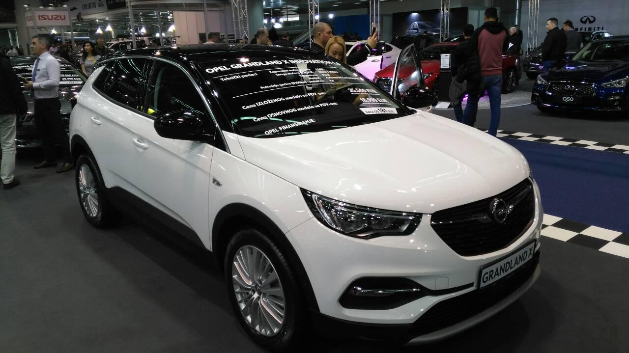 Opel predstavio svoju gamu beogradskoj publici