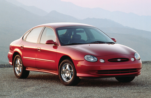 Zanimljivost dana: 1996 Ford Taurus sa milion milja