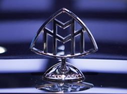 Maybach-badge