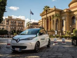 The_Eco_Tour_di_Sicilia_and_Renault_ZOE_help_put_Italy's_cultural_heritage_centre_stage_2_nlm-e1490888009419