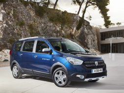 new-dacia-lodgy-to-become-a-7-seat-suv-in-2020_3