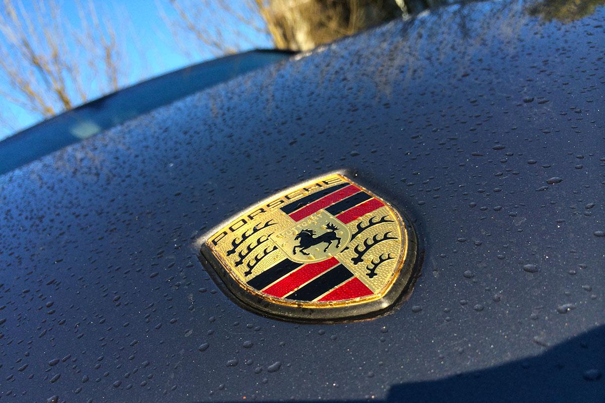 Porsche mora da povuče 60.000 vozila