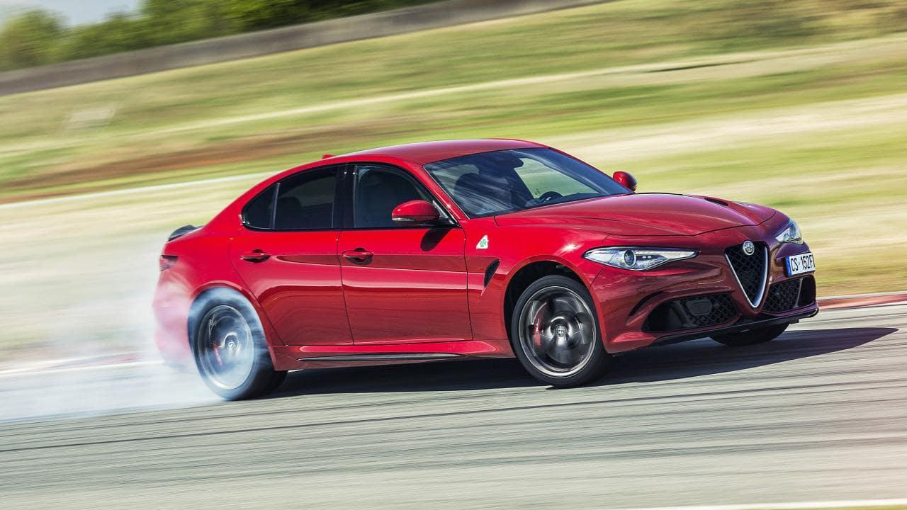 10 automobila koji koriste motore drugih proizvođača