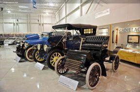 1902-Cadillac-Runabout-DV-10-GM_001