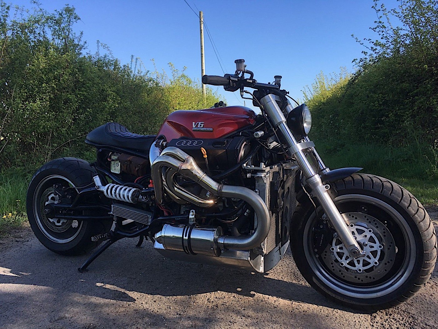 Motocikl sa Audijevim V6 agregatom (galerija)