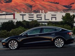 tesla-model-3-dual-motor-awd-performance-starting-production-in-july-2018_3