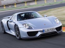 wanna-buy-a-porsche-918-spyder-better-hurry