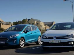 2018-volkswagen-polo-takes-on-new-ford-fiesta-in-battle-of-the-superminis_1