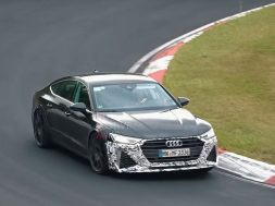2020-audi-rs7-in-action-at-the-nurburgring-with-production-face_1