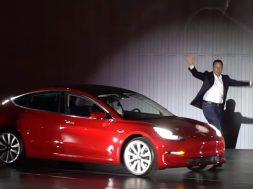 Tesla-Model-3-Event-Musk