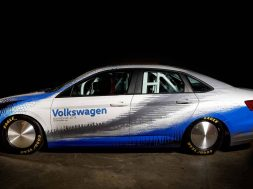 new-volkswagen-jetta-gli-teased-by-bonneville-prepped-land-speed-record-car-126569_1