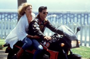 TOP GUN, Kelly McGillis, Tom Cruise, 1986, motorcycle