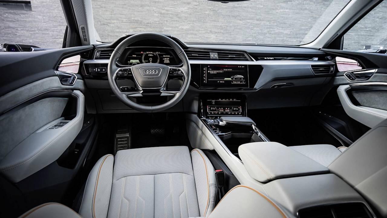 Audi predstavio (fantastičan) enterijer serijskog E-Trona (GALERIJA)
