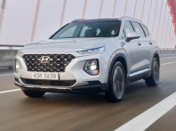 2018_hyundai_santa-fe_review_05