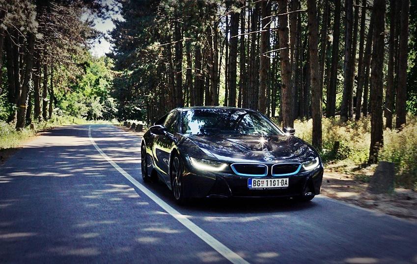 Sledeća generacija BMW-a i8 sa četvorocilindarskim motorom