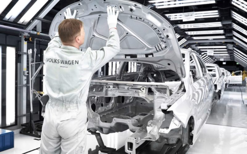 Volkswagen ima problem sa deficitom inženjera