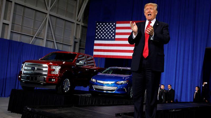 Trampova administracija: bolja ekonomičnost vozila vodi ka više saobraćajnih udesa
