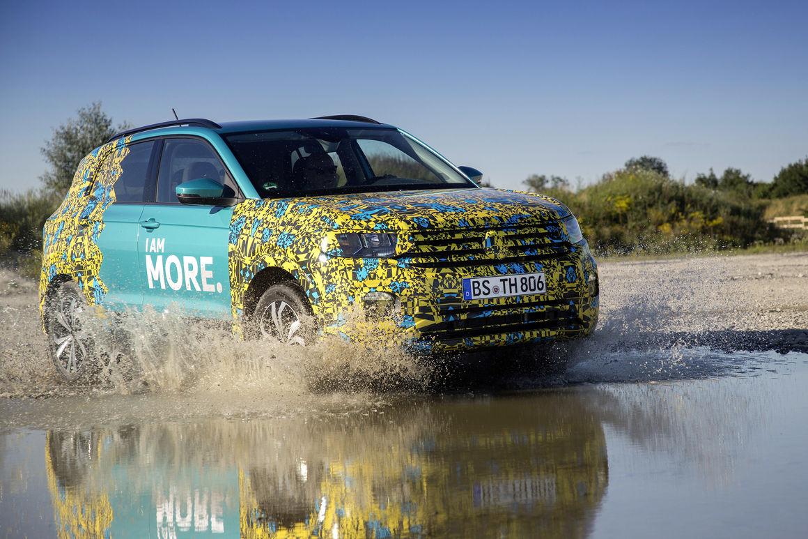 Volkswagen T-Cross: mali ali sa velikim prtljažnikom (VIDEO)