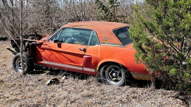 Zanimljivost dana: Pronađen Ford Mustang Shelby GT500 Little Red