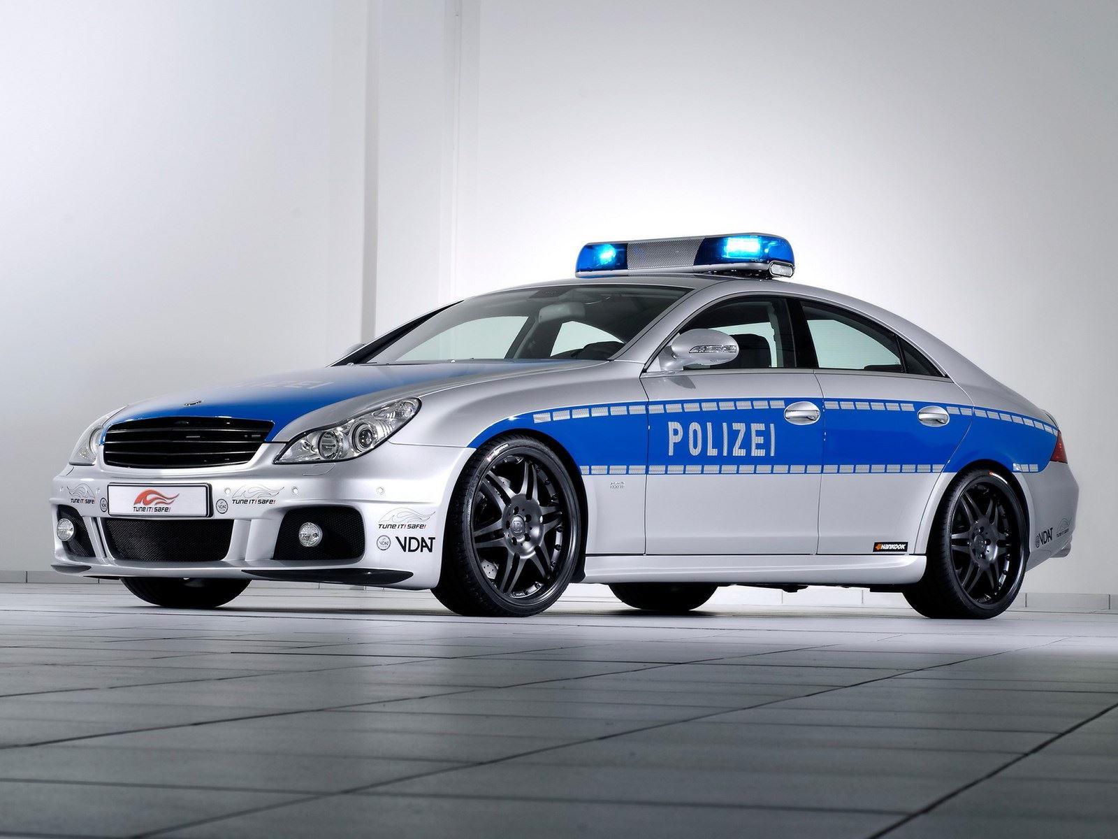 Vozni park policije širom sveta