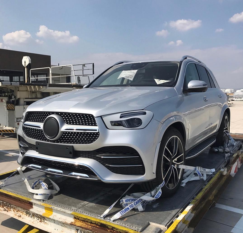 Mercedes-Benz GLE izgleda upravo sleteo iz Alabame